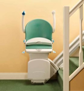 Picture of Handicare 1000 in Green with seat, arms and footrest folded