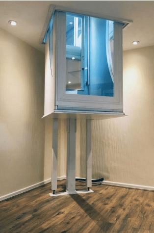 Picture of Elesse lift between floors